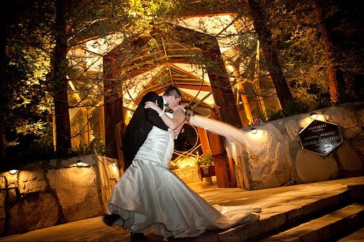 Wedding, Marriage, Bride, Groom, Kiss, Love, White