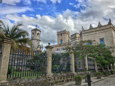 Old Havana, Plaza, Sky