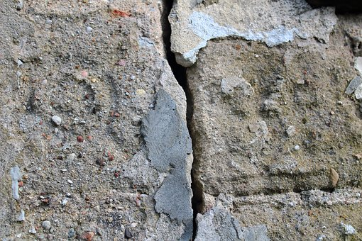 Lake Dusia, Building, Here, Crack, Old Building