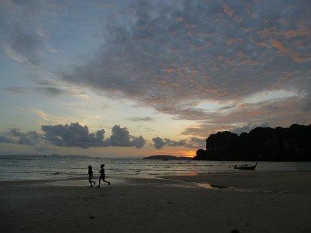 Sea, Lying Sun, Travel