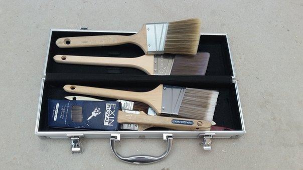 Briefcase, Brush, Top