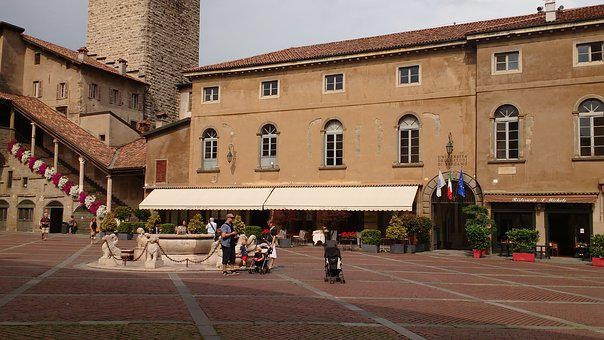 Plaza, University, Source