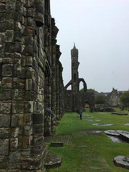 Castle Ruins, Scotland, Rain