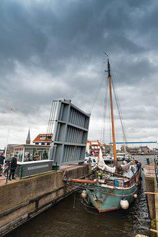 Lemmer, Lock, Sailing Boat, Port, Netherlands, Holland