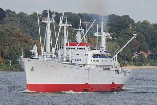 Cap San Diego, Hamburg, Hamburg Museum Ship