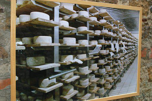 Italy, Manufacture, Cheese, Parmagiano