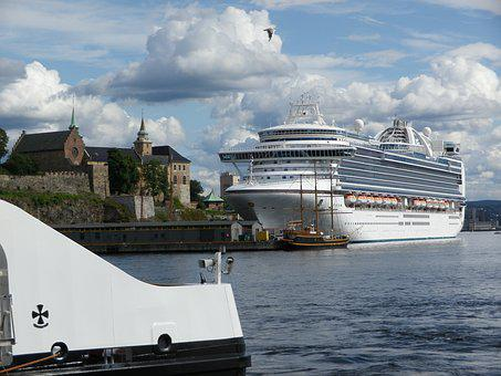 Cruise, Cruise Ship, Emerald Princess, Cruising