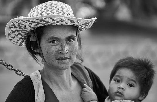 Mom, Hat, Women's, Documentary, Child, Black And White