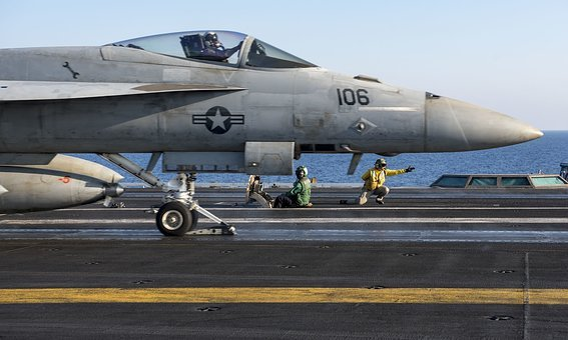 F A-18e Super Hornet, Uss George H, W, Bush, Cvn 77