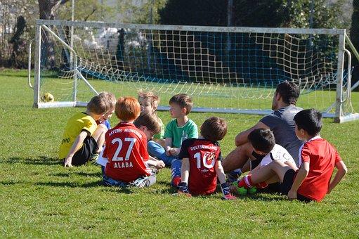 Children, Football, Attack, Defense, Striker, Jersey