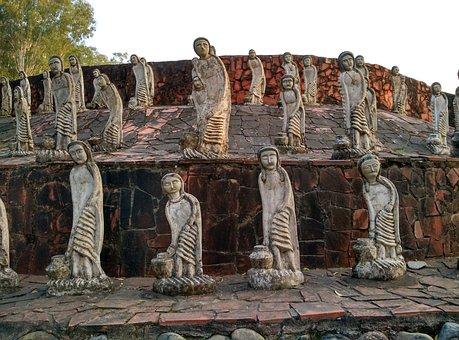 Women Statues, Rock Garden, Chandigarh, Nekchand