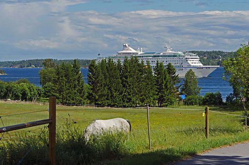 Cruise Ship, Archipelago, Course Stockholm, Baltic Sea