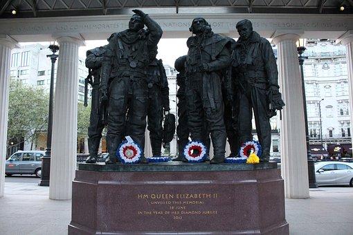 London, England, Architecture, Soldier, Tourist