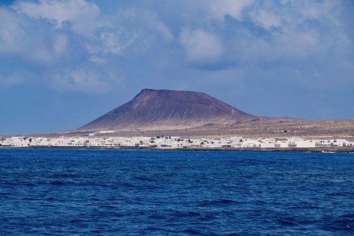 Caleta Del Sebo, La Graciosa, Canary Islands, Volcano