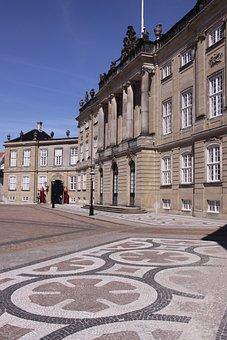 Amalienborg, Castle, Palace, Sightseeing, Royal, Danish