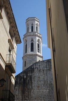Spain, Costa Brava, Catalonia, Church, Alley