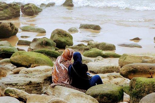Girlfriends, Sea, Chat, Talk, Together, Friendship