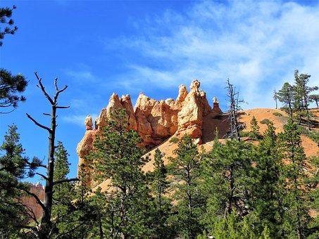 Bryce Canyon, Utah, Red Sandstone, Blue Sky, Hiking