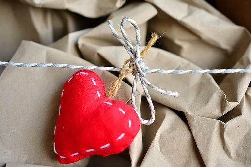 Packaging, Wrapping Paper, Pack, Move, Cord, Heart