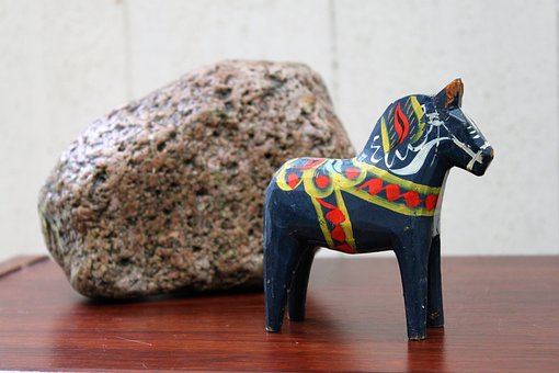Dalahorse, Blue, Red, Yellow, Horse, Stone, Cobblestone