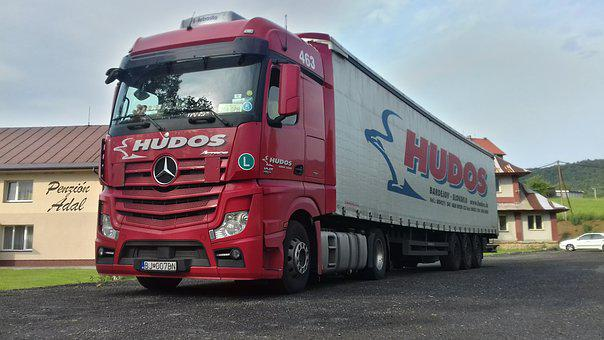 Hudos, With, R, On, The Truck, Red, Mercedes, Benz