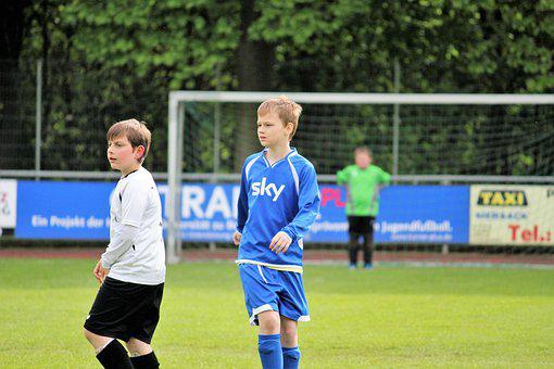 Football, Play, Rush, Football Pitch, Football Player