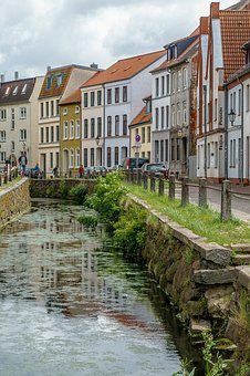 Wismar, Channel, Water, River, Building, Historically