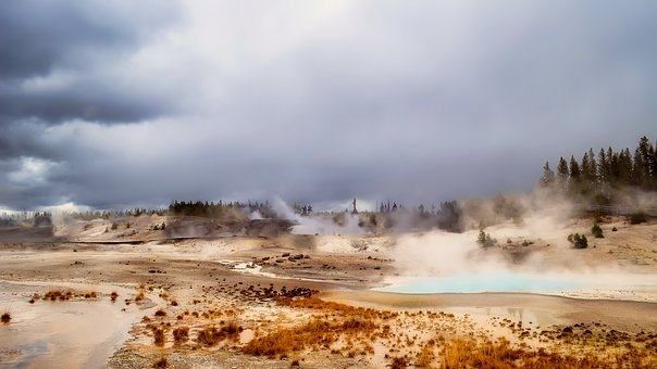 Yellowstone, National Park, Geysers, Steam, Tourism