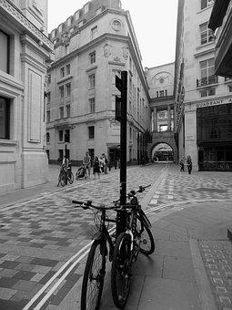 London, London Monochrome, Street