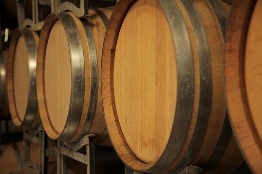 Wine, Oak Barrels