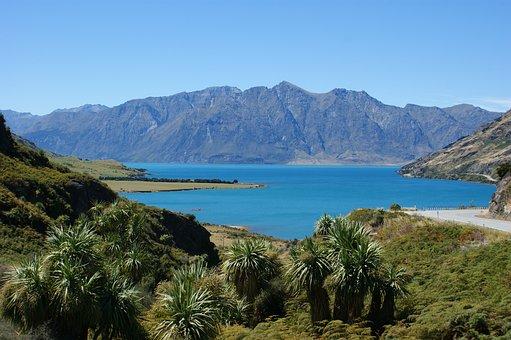 Lake Hawea, Otago, New Zealand