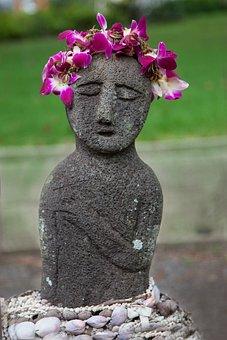 Maui, Hawaii, Leis, Flowers, Tropics, Statue, Heart