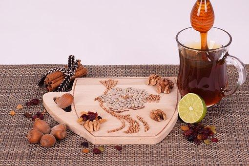 Cinnamon, Raisins, Honey, Lime, Walnuts, Almond, Seed