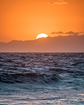 Sea, Ocean, Water, Waves, Nature, Sunset, Sunlight, Sun