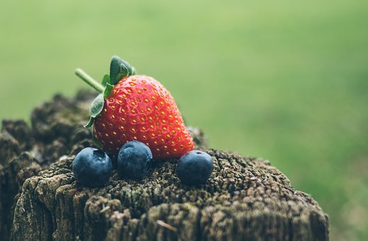 Strawberry, Blueberry, Fruits, Food, Blur