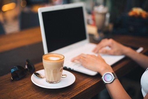 Laptop, White, Keyboard, Technology, Table, Application