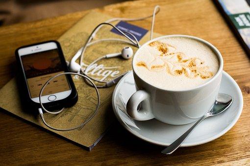 Iphone, Apple, Cellphone, Earphone, Gadgets