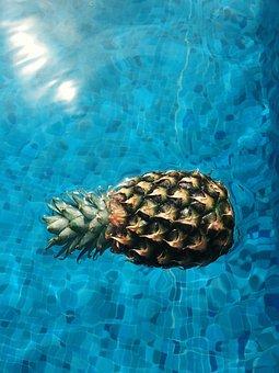 Pineapple, Dessert, Appetizer, Fruit, Juice, Crop, Pool