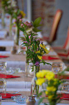 Restaurant, Place Setting, Serving, Eating