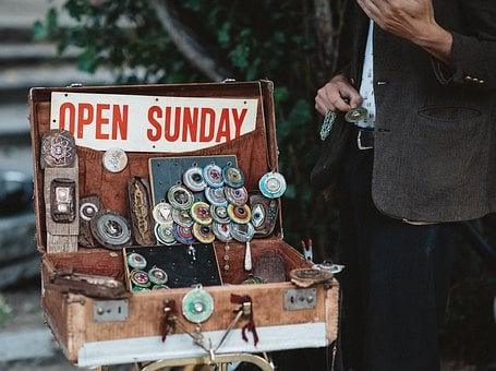 Sell, Necklace, Box, Business, Vendor, Display, Outside