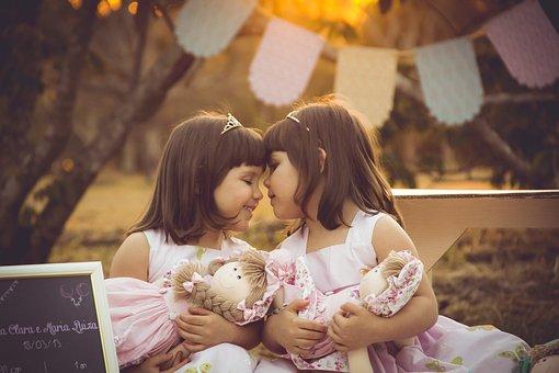 Twins, Girls, Girl, Aor, Love, Dool, Doll, Goldenhour