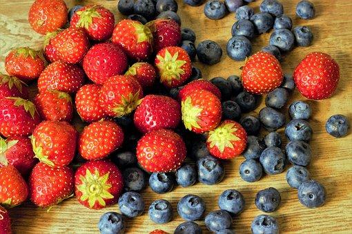 Fruit, Blueberries, Food, Mature, Fresh, Juicy, Sweet