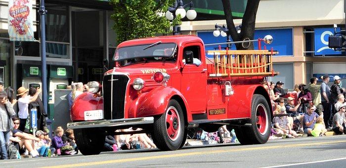 Car, Fire, Classic Car, Antique Car, Assistance