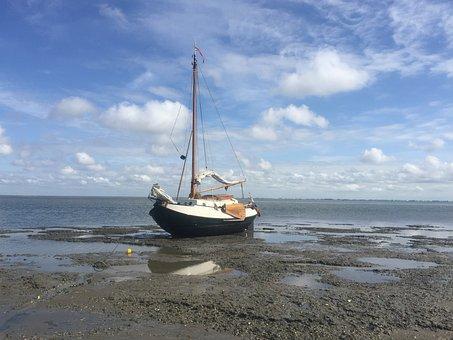 Enkhuizer Bulb, Dry Fall, Wadden Sea, Flat Bottom
