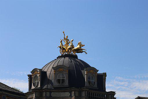 Dome, Golden, Dome Figures, Quadriga, Castle, Museum