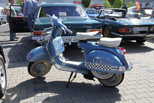Vespa, Roller, Motor Scooter, Locomotion
