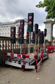 London, Traffic Lights, Storage