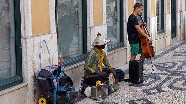Street, Performers, Lisbon, Portugal