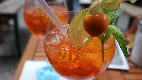 Drink, Aperol, Aperol Spritz, Glass, Cocktail, Alcohol