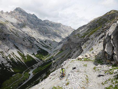 Right Mount Pedenolo, Trail, Mountain Bike, Biker